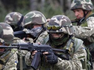 0915_big_ukraine_soldiers.jpg